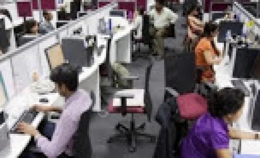 वर्क फ्रॉम होम से ऊबे कर्मचारी, ऑफिस को 'मिस' कर रहे 82 फीसदी लोग: सर्वे