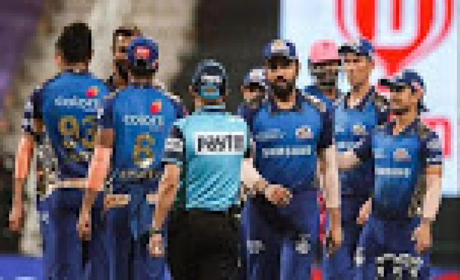 IPL: रोहित ने माना- मुंबई की हैट्रिक जीत में फील्डर्स का कमाल, RR को दिए झटके