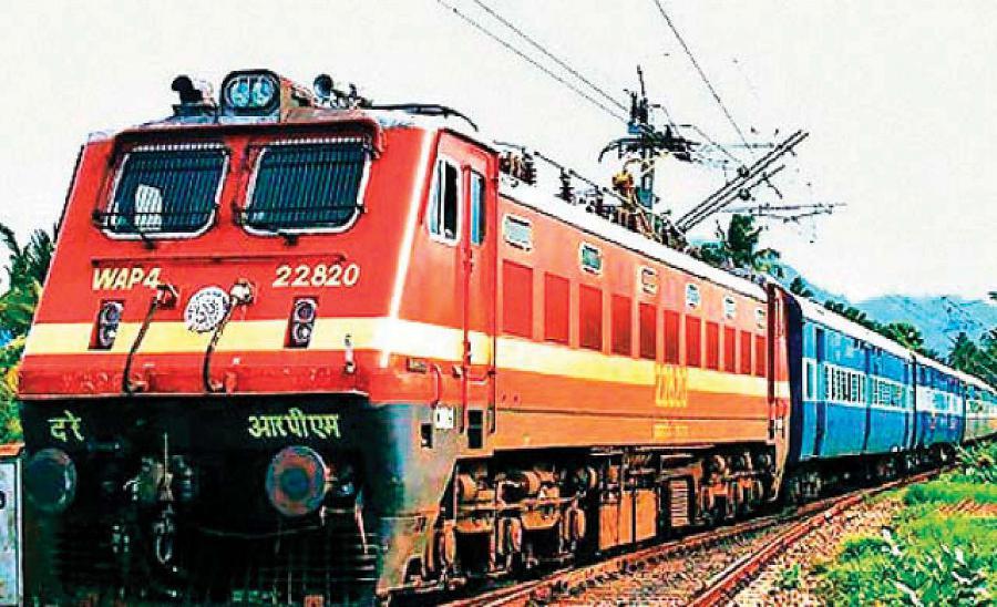 Indian Railway की यात्रियों को सौगात, होली से पहले पटरी पर लौटेंगी 5 स्पेशल ट्रेन